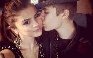 Justin Beiber Date Selena Gomez 11 Cool Hd Wallpaper