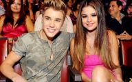 Justin Beiber Date Selena Gomez 13 Widescreen Wallpaper