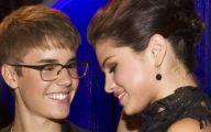 Justin Beiber Date Selena Gomez 20 Wide Wallpaper