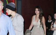 Justin Beiber Date Selena Gomez 22 Hd Wallpaper