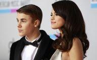 Justin Beiber Date Selena Gomez 25 Widescreen Wallpaper