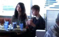 Justin Beiber Date Selena Gomez 34 High Resolution Wallpaper