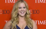 Amy Schumer 12 Background