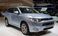 Mitsubishi Outlander 14 Wide Wallpaper