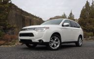 Mitsubishi Outlander 20 Widescreen Wallpaper