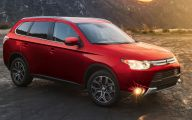 Mitsubishi Outlander 30 Desktop Wallpaper